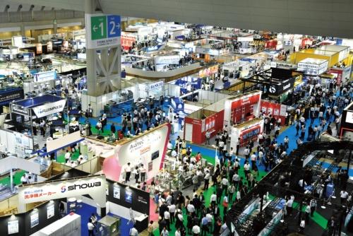 "<span class=""fontBold"">食品機械の展示会は年々出展企業が増加。業界団体の会員数も10年で2倍に増えた</span>"