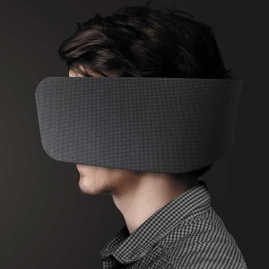 """<span class=""""fontBold"""">復帰第1弾として、「WEAR SPACE」を共同開発</span>"""