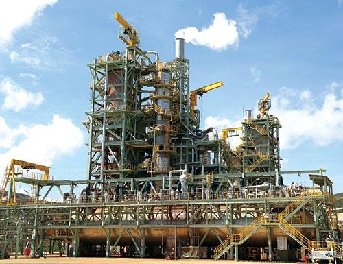 """<span class=""""fontBold"""">住友金属鉱山はフィリピン南部ミンダナオ島のタガニートに、低品位の鉱石からニッケルを回収するプラントを建設した</span>(写真=住友金属鉱山提供)"""