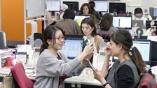 5時退社で連続増収 働き方改革が成長源