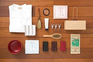 <b>「日本の工芸を元気にする!」を合言葉に工芸メーカーのコンサルティングを手掛ける。店舗には自社製のほかにも工芸品がずらり</b>
