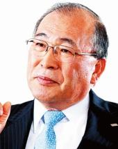 <b>①WHの大型買収を決めた西田厚聰・元社長</b>(写真=村田 和聡)