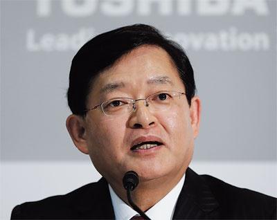 "<span class=""fontBold"">4月に東芝の会長兼CEOに就任する車谷暢昭氏</span>(写真=Bloomberg/Getty Images)"