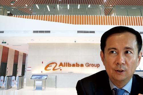 """<span class=""""fontBold"""">「品質とサービスへの評価が高い日本企業には優位性がある」と話すアリババのチャンCEO</span>(写真=左:Imaginechina/アフロ)"""