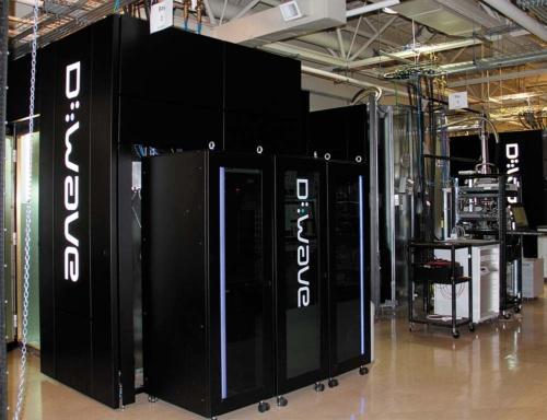 """<span class=""""fontBold"""">カナダのDウエーブ・システムズの量子コンピューター</span>"""