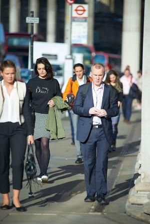 <b>金融街シティーの光景。大手金融機関の採用様子見など、雇用にも影響が</b>(写真:永川 智子)