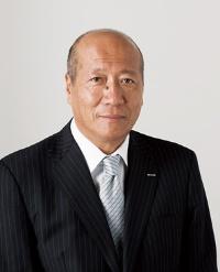 <b>電通の石井直社長は、労働基準法違反問題について公の場で説明していない</b>(写真=時事通信)