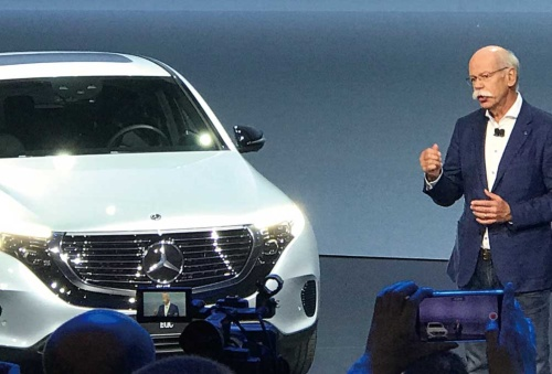 "<span class=""fontBold"">ダイムラーは2019年から新型EVを集中投入する</span>"