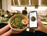 コロナ禍で広がるモバイル注文 スマホが接客、「デジタル外食店」