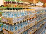 「売らんかな」の営業変え、「サントリー天然水」飲料首位に
