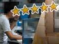 """""""五つ星""""はカネで買える 揺らぐアマゾンの信頼"""