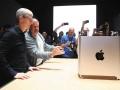 アップル去るアイブ氏が生んだ「デザイン発製造革新」