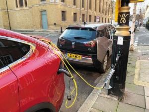 """<span class=""""fontBold"""">英国生産から撤退するホンダは、EV向け充電サービス企業に出資した</span>"""