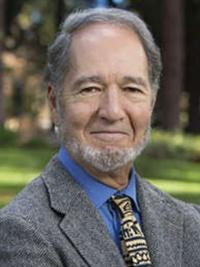 "<div class=""fontBold""><span class=""fontSizeM"">ジャレド・ダイアモンド氏</span><br />米カリフォルニア大学ロサンゼルス校(UCLA)地理学教授。米ハーバード大学で生物学、英ケンブリッジ大学大学院で生理学を修めた後、進化生物学や人類生態学を駆使した学際的な研究を続ける。ピュリツァー賞など受賞多数。</div>"