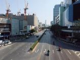 タイの日系車メーカー、需要急減で稼働停止 供給網にも綻び