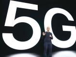 新型iPhoneで端末出そろった5G 必須のサービスはどこに