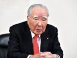 スズキ・鈴木修会長が語る大変革 「軽」の電動化、「命がけで」