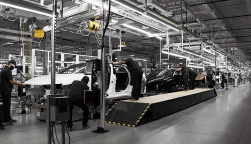 """<span class=""""fontBold"""">アリゾナ州にあるルーシッド・モーターズの工場</span>"""