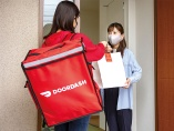 米首位のドアダッシュが日本上陸 料理宅配、市場拡大も続く乱戦