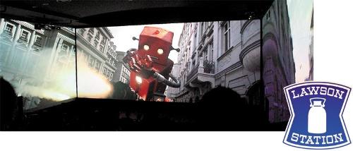 "<span class=""fontBold"">ユナイテッド・シネマはローソン傘下で成長に向けた投資を加速。お台場など一部の劇場に導入した270度スクリーン「ScreenX」(上)はその代表例だ</span>(写真=2点:共同通信)"