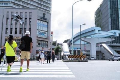 """<span class=""""fontBold"""">2002年に「AAA」の評価を得た東京・豊洲。20年前は工場地帯だったが、今ではファミリー層に人気の住宅地に変貌した</span>(写真=吉成 大輔)"""
