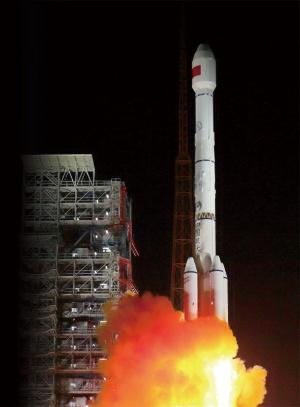 "<span class=""fontBold"">北斗の衛星2基を搭載し、中国・四川省から打ち上げられたロケット</span>(写真=ロイター/アフロ)"