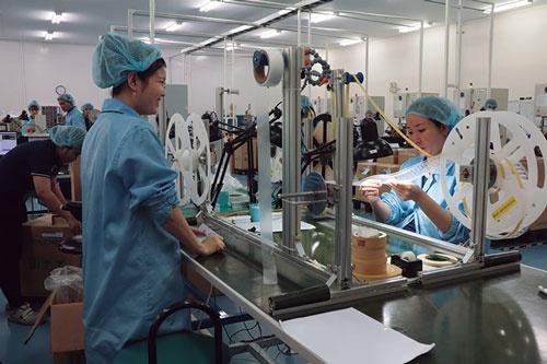 "<span class=""fontBold"">半導体製造装置の部品や自動機開発などを手掛けるタツモベトナム。樹脂製品も生産している</span>"