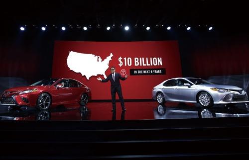"<span class=""fontBold"">トランプ氏就任直前、トヨタ自動車は米国での大型投資を発表</span>(写真=ロイター/共同)"