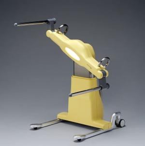 マッスルが開発した介護ロボット「SASUKE(サスケ)」