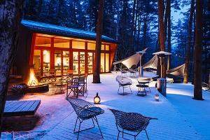 星のや富士は、星野リゾートの最高級ブランドである「星のや」の1つ