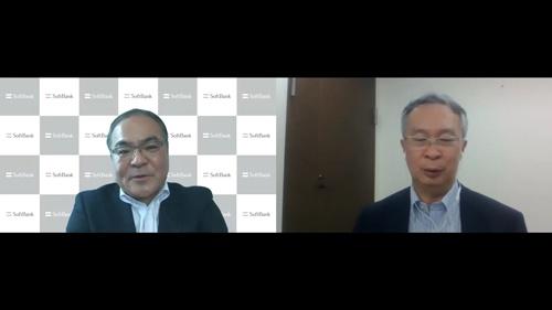 「人事のプロ」として、様々な改革を手掛けてきたソフトバンクの青野史寛・専務執行役員兼CHRO(左)とカゴメの有沢正人常務執行役員CHO