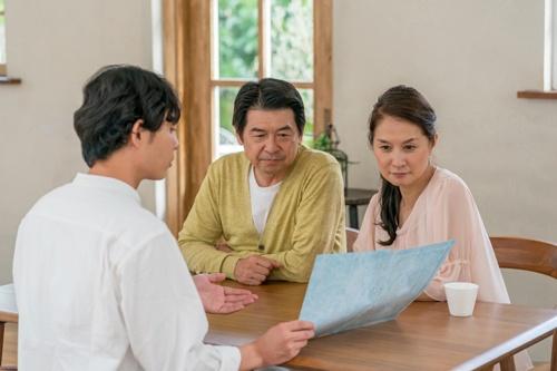 どんな介護生活を望むか、本人の意向を確認できていますか?(写真:PIXTA)