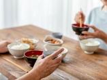 長寿への第一歩は孤食の回避、「食べろ」と言われても食べたくない