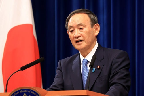 緊急事態宣言を再度発令する検討に入ることを表明した菅義偉首相(写真:代表撮影/ロイター/アフロ)