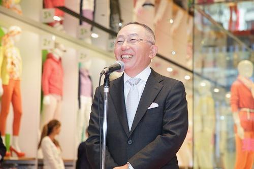 2020年、ファストリは銀座に国内最大級の旗艦店を出店した(写真:北川礼生/アフロ)