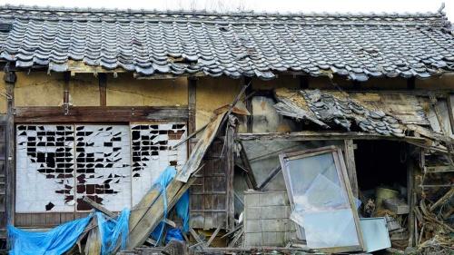 空き家対策に自治体は頭を悩ませている(写真:アフロ)