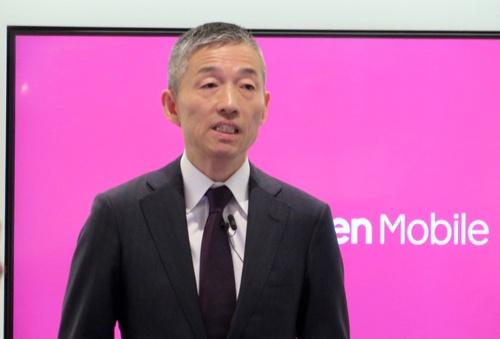 「携帯電話事業を営む者として(安定した)ネットワーク構築は基本だ」と述べる楽天モバイルの山田善久社長