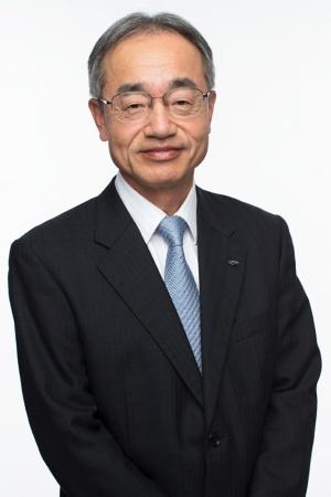 群馬製作所長として生産の指揮を執る細谷和男副社長