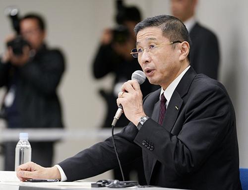 4月に臨時株主総会を開催すると説明した日産の西川広人社長兼CEO(写真:共同通信)