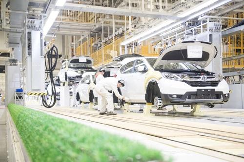 19年に武漢市で稼働を始めた東風本田の第三工場。東風本田が建設した3カ所目の完成車工場で、ホンダが合弁で中国に建設した6カ所目の完成車工場となる(写真:新華社/共同通信イメージズ)