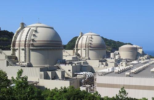 関西電力の大飯原子力発電所。大飯4号機は国内で稼働する数少ない原発の1つだ