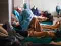 新型コロナ、エアロゾルで3時間生存 厚労省「感染の証拠なし」