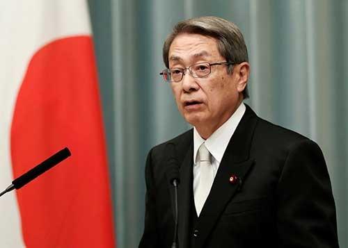 石田総務相は、和歌山県海南市長を務めたほか、自民党税制調査会の幹事として地方税制を担当し、地方自治全般に詳しい(写真:ロイター/アフロ)