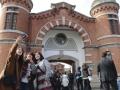 星野リゾート、「ディープ大阪」の次は「奈良の監獄」