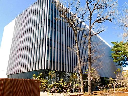 中央研究所内に新設された協創棟