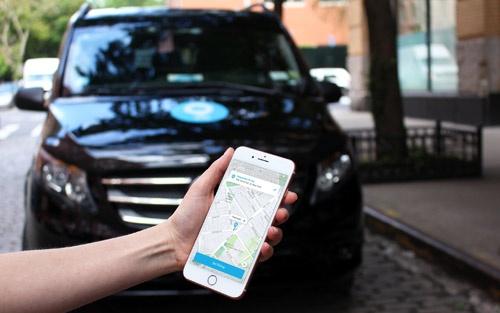 独ダイムラーなどが出資するビアは、ニューヨークやロンドンなど都市部を中心にシャトルバスでの乗り合いに特化した配車サービスを提供する