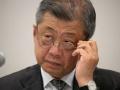 LIXIL潮田氏、自ら辞任も広がる「院政」懸念