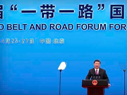 「一帯一路」構想を推し進める中国の習近平国家主席(写真:AP/アフロ)