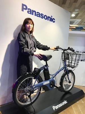 パナソニックが横浜市で始めるシェアリングサービスで用いるIoT機能付き電動アシスト自転車