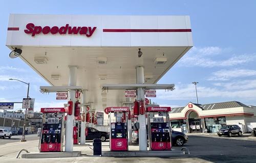 米スピードウェイはガソリンスタンド併設型のコンビニを多く展開している(写真:共同通信)